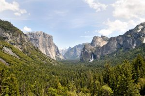 10 Must-See Places In Yosemite National Park